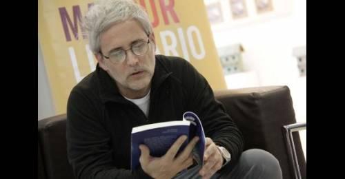 """""""Poético"""", el documental sobre un libro del escritor Juan Botana"""